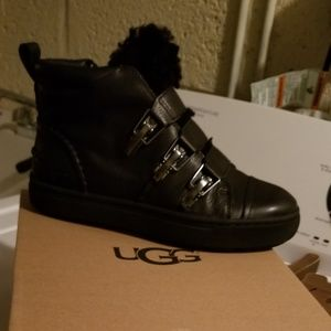 New womens ugg boots size 8